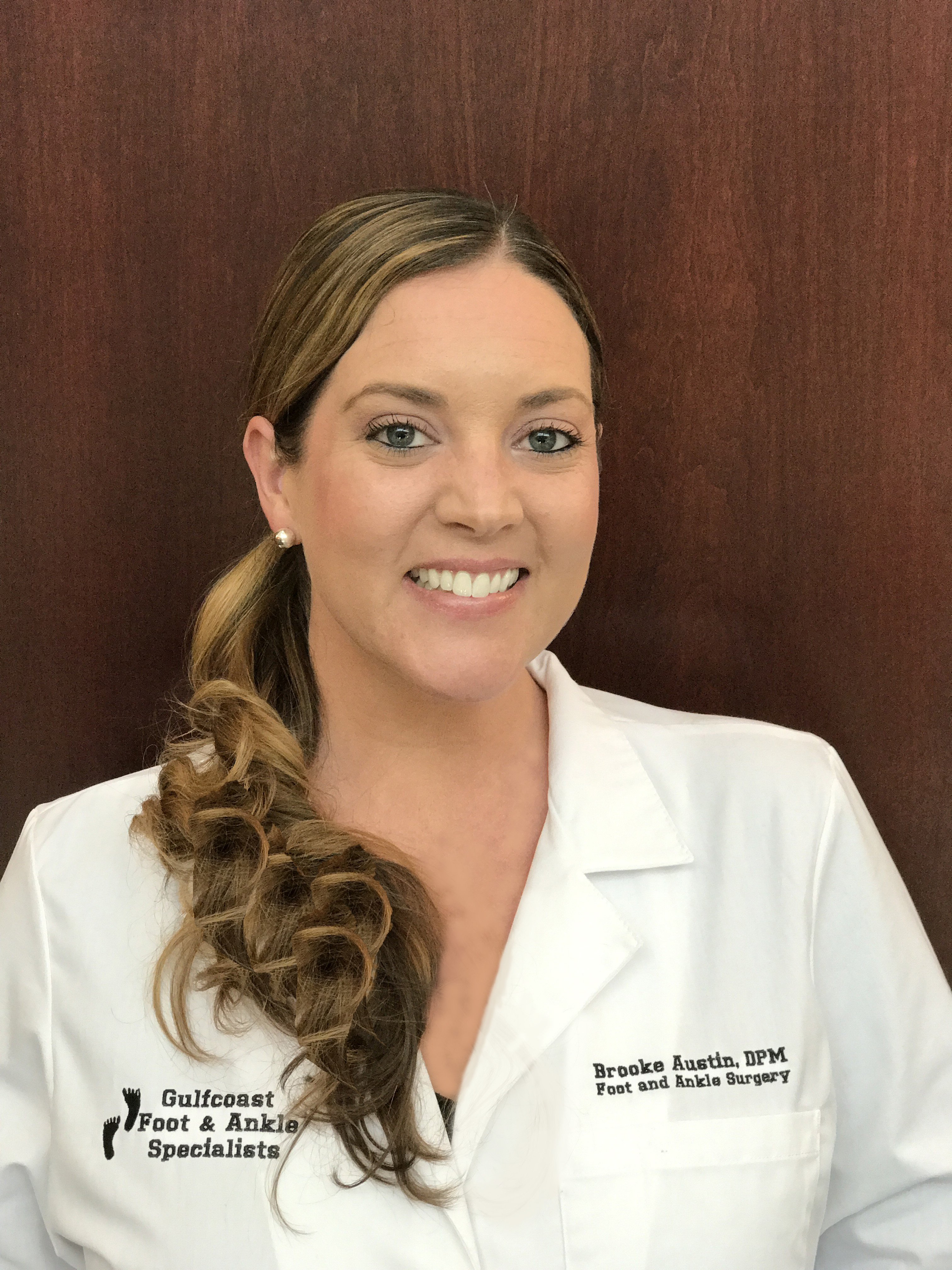 Carmel Foot Specialists >> Gulfcoast Foot & Ankle Specialists | Dr. Brooke Austin in Naples and Bonita Springs